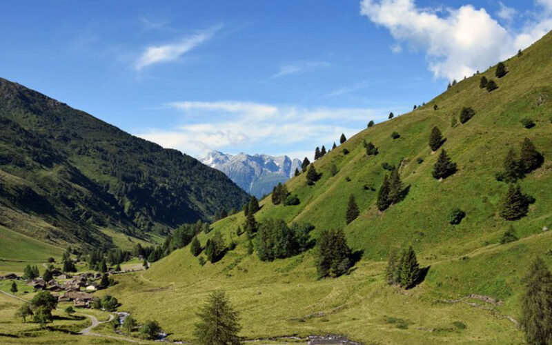 valle in Lombardia